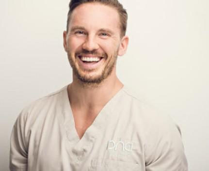Dr. Dominik Nischwitz