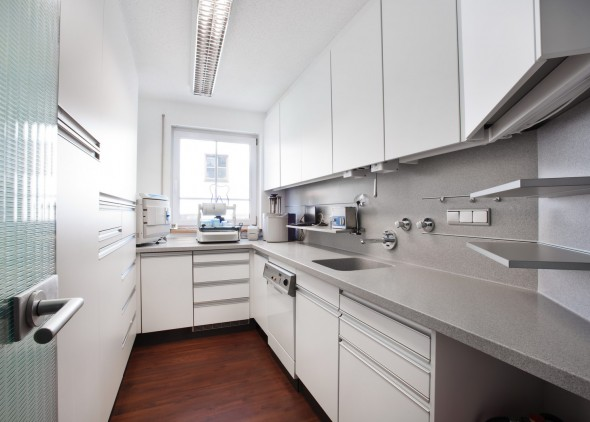 Instrumentenaufbereitung und Sterilisationsraum